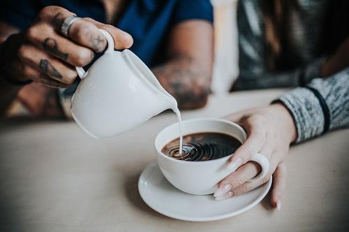 فروشنده قهوه فرانسه