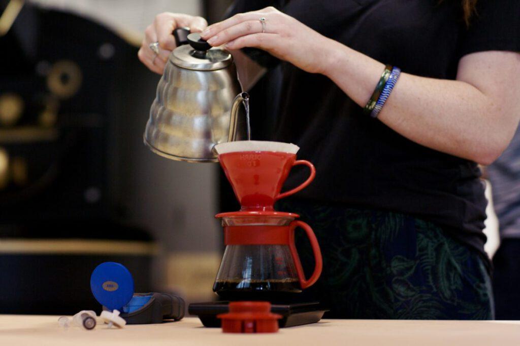 قهوه ساز v60 سرامیکی